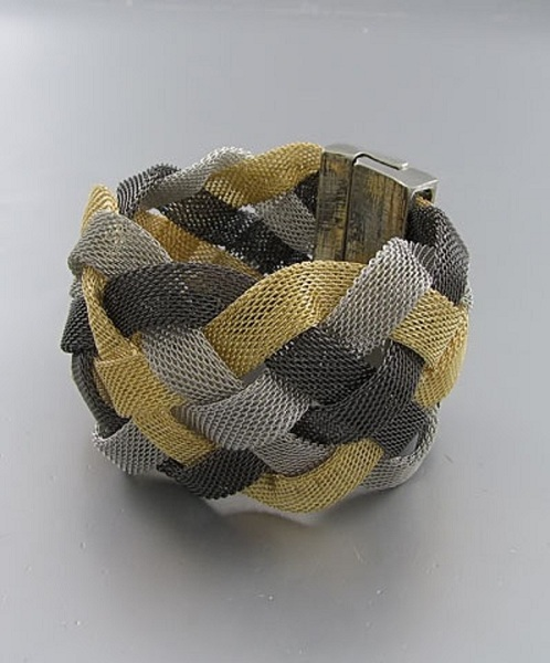 Vispa Tri-Color Narrow Mesh Braid Bracelet