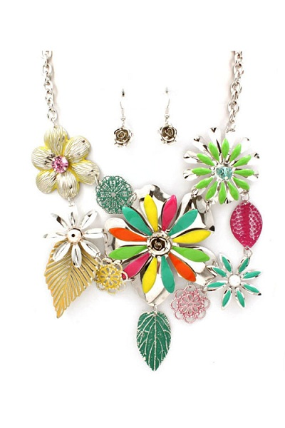 Jardin Flower and Leaves Bib Necklace and Earring Set