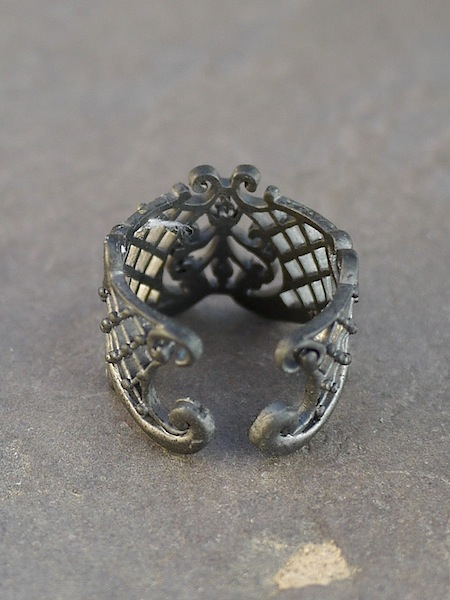 Thai Lattice Ring - Iron