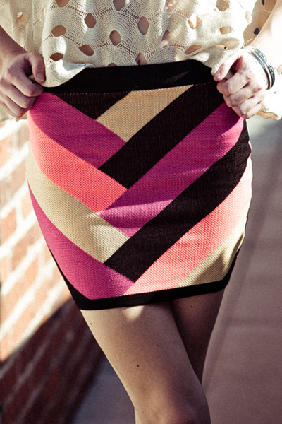 V Strip Multicolor Skirt