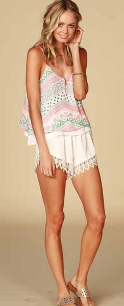Lucy Love Scallop Lace Shorts - Ivory - Click Image to Close